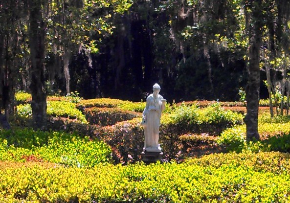 Garden statue at Magnolia Plantation