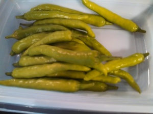 Pepperoncini that look like thai chili peppers