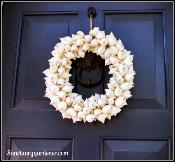 Sea shell wreath in Wickford, RI